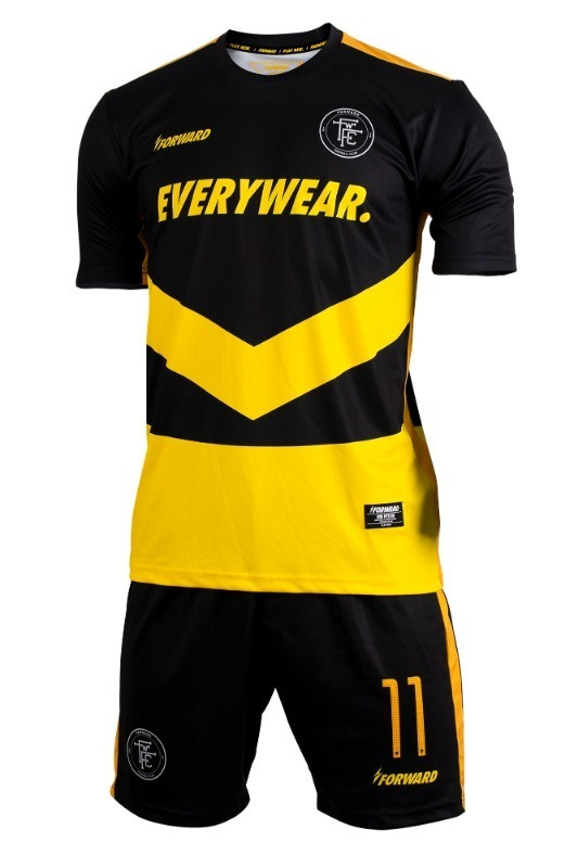 VICTOR (BLACK/YELLOW)